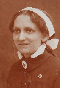 Maria Mohr, Red Cross nurse